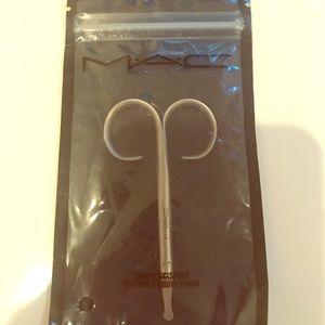 Mac scissors